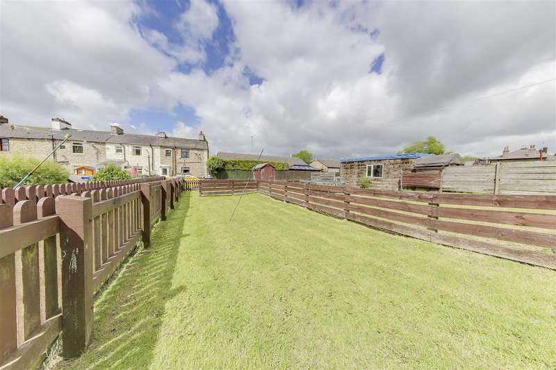 2 Bedrooms House for sale in Hamer Avenue, Loveclough, Rossendale