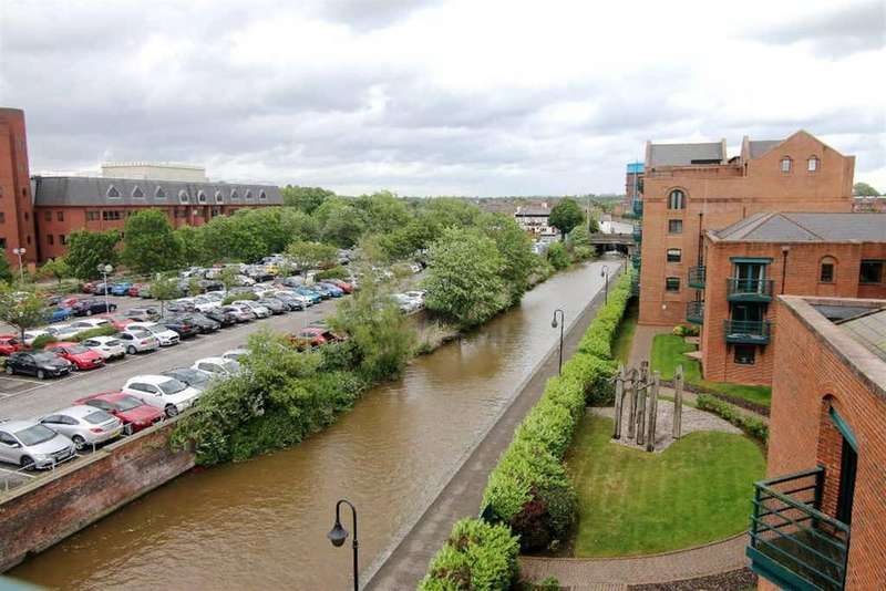 3 Bedrooms Apartment Flat for sale in Wharton Court, Chester
