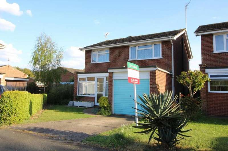 4 Bedrooms Detached House for sale in Queensland Drive, Colchester, Essex, CO2