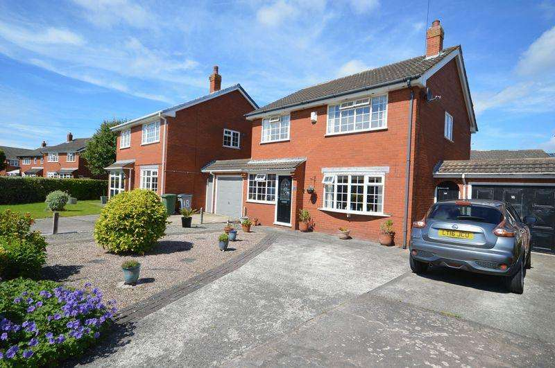 4 Bedrooms Link Detached House for sale in Centurion Drive, Meols