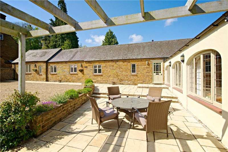 4 Bedrooms Unique Property for sale in Lower Harlestone, Northamptonshire