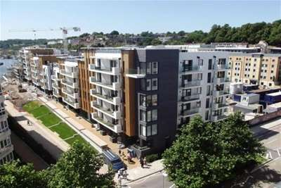 2 Bedrooms Flat for rent in Invicta, Bristol Harbourside