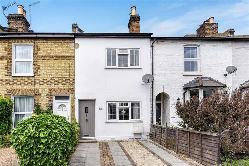 3 Bedrooms Terraced House for sale in Acre Road, Kingston Upon Thames
