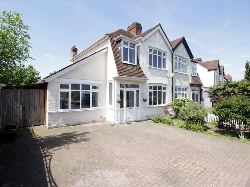 4 Bedrooms Semi Detached House for sale in Wimborne Way, Beckenham, BR3