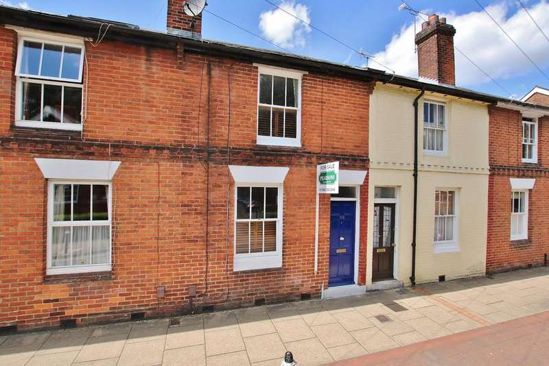 2 Bedrooms Terraced House for sale in Central Winchester