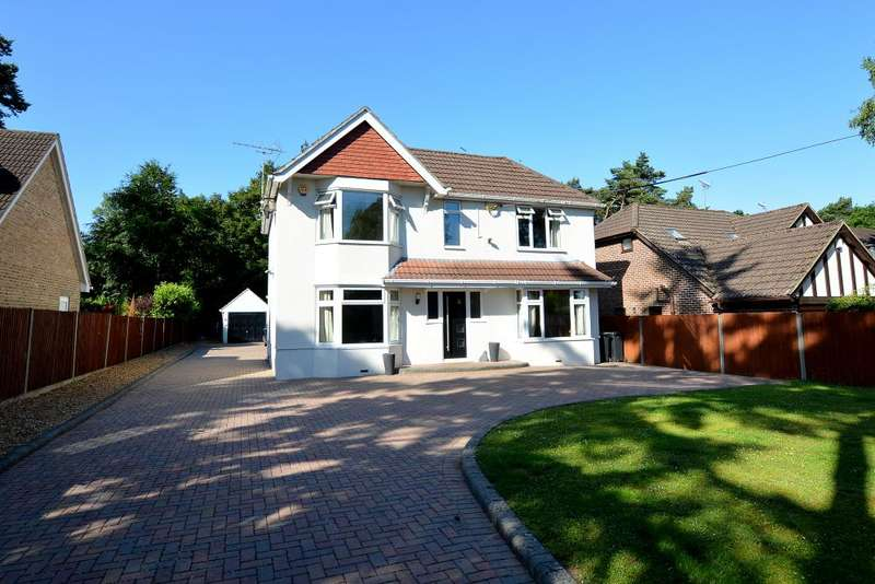 3 Bedrooms Detached House for sale in West Moors