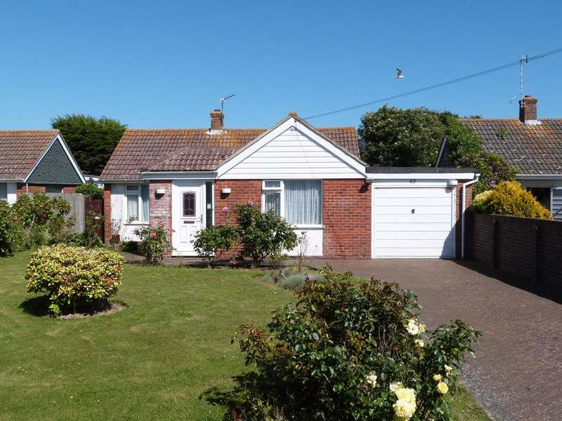 3 Bedrooms Detached Bungalow for sale in Grafton Road, Selsey
