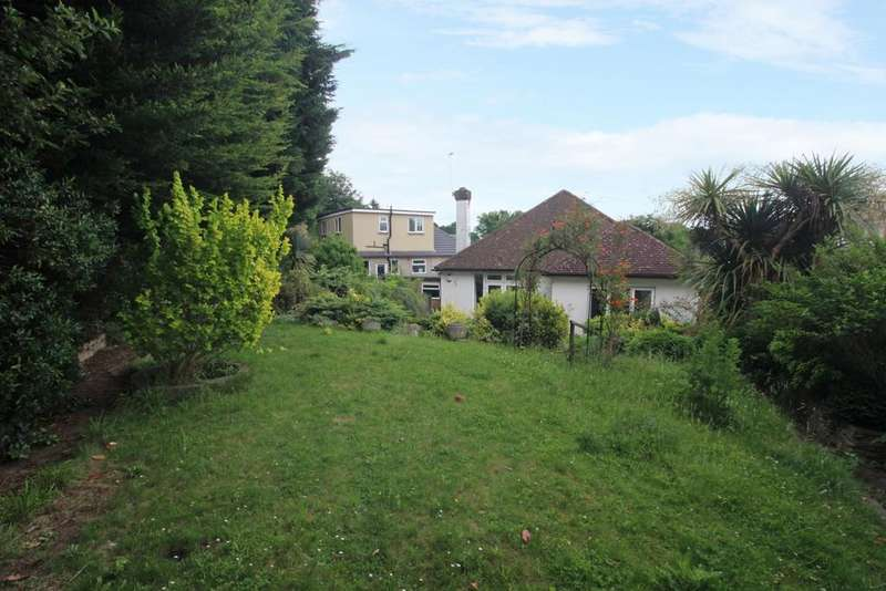 2 Bedrooms Bungalow for sale in Cranleigh Close Bexley DA5