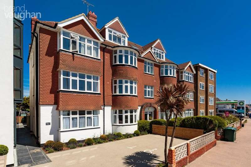3 Bedrooms Flat for sale in Kingsway, Hove, BN3