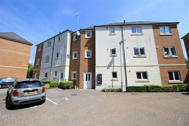 2 Bedrooms Flat for sale in Fosmaen House, Golden Mile View, NEWPORT
