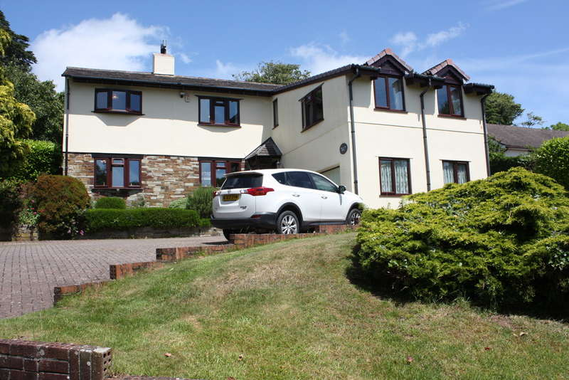 5 Bedrooms Detached House for sale in Perches Close, NEWTON FERRERS, South Devon