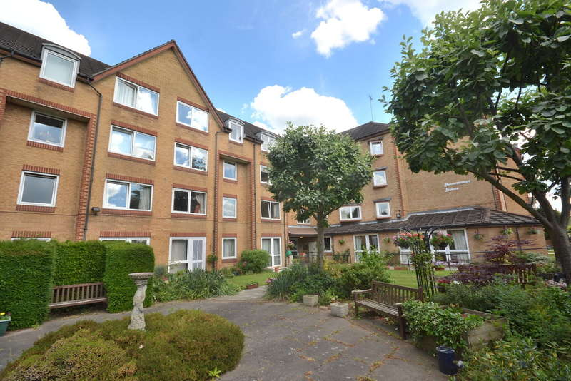 1 Bedroom Property for sale in Homemanor House, Cassio Road, Watford