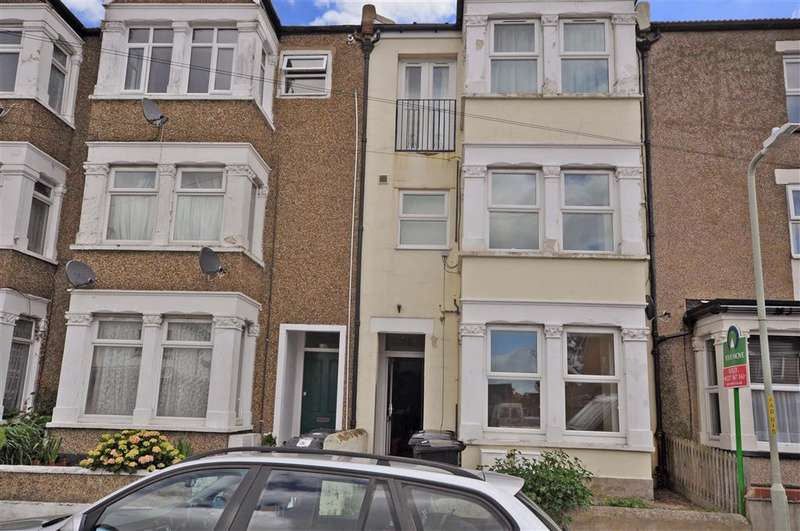 1 Bedroom Ground Flat for sale in Albany Drive, Herne Bay, Kent