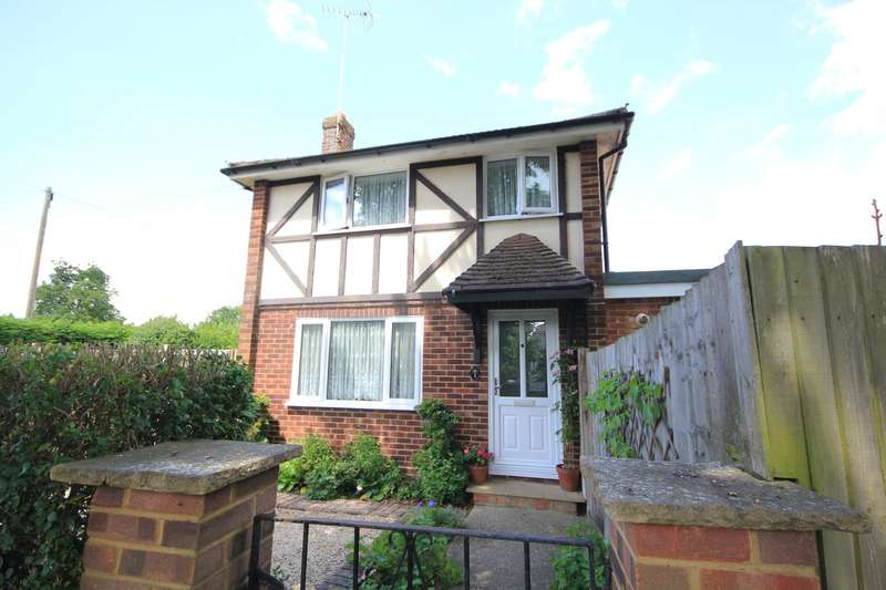 3 Bedrooms Semi Detached House for sale in Ainsdale Crescent, Reading, RG30