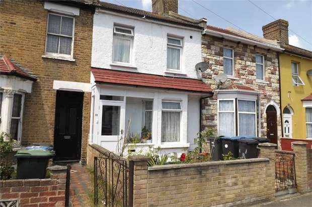 3 Bedrooms Terraced House for sale in Millbrook Road, London