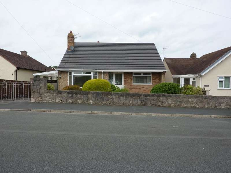 2 Bedrooms Bungalow for rent in Mossley Mount, Penrhyn Bay, Conwy, LL30 3HF
