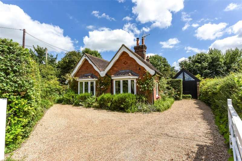3 Bedrooms Detached House for sale in Loxwood Road, Tismans Common, Rudgwick, West Sussex, RH12