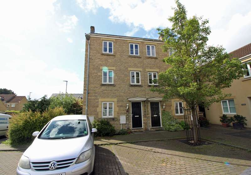 4 Bedrooms Semi Detached House for sale in Kersey Court, Frome