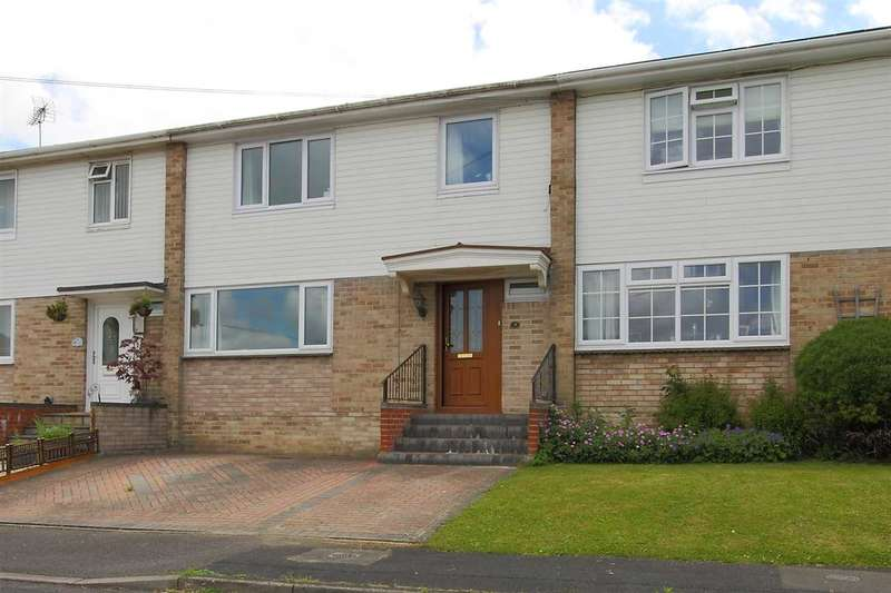 3 Bedrooms Terraced House for sale in Broadway, Whitchurch