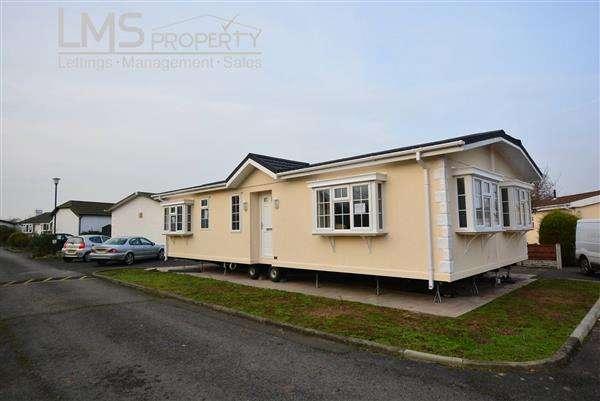 2 Bedrooms Park Home Mobile Home for sale in Forest Road Park, Forest Road, Oakmere