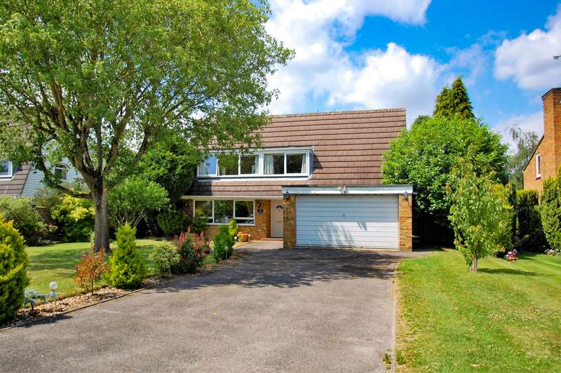 4 Bedrooms Detached House for sale in Meadway Park, Gerrards Cross, SL9