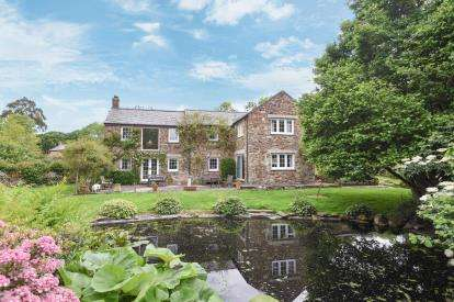 3 Bedrooms Barn Conversion Character Property for sale in Carnon Downs, Truro, Cornwall
