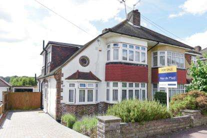 3 Bedrooms House for sale in Keswick Road, West Wickham