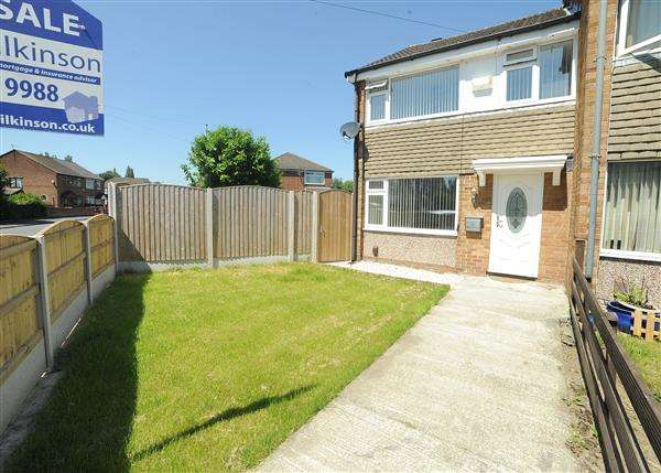 3 Bedrooms Town House for sale in 59 Broadway, Irlam, M44 6DQ