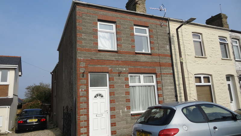 3 Bedrooms End Of Terrace House for sale in Glebe Street, Barry