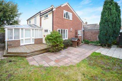 4 Bedrooms Detached House for sale in Swynford Close, Laughterton, Lincoln, Lincolnshire