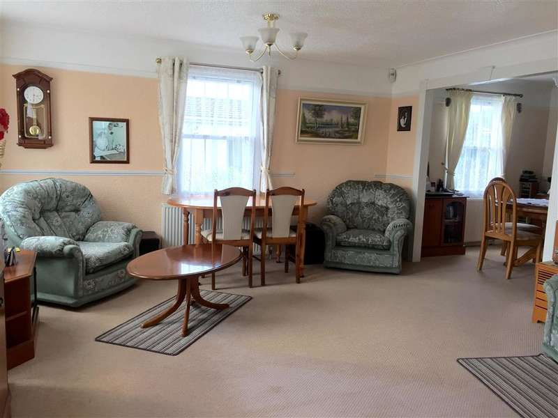 2 Bedrooms Park Home Mobile Home for sale in Manston Court Road, Margate, Kent
