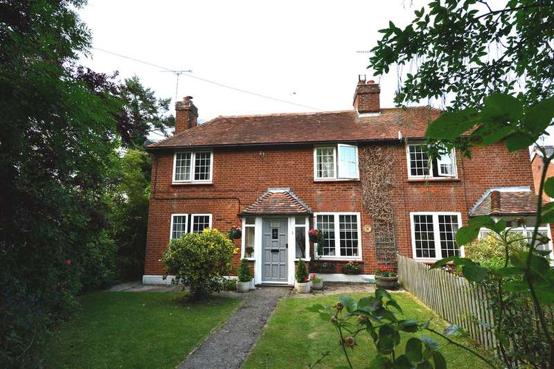 3 Bedrooms Semi Detached House for sale in Plum Pudding Lane, Dargate, Faversham