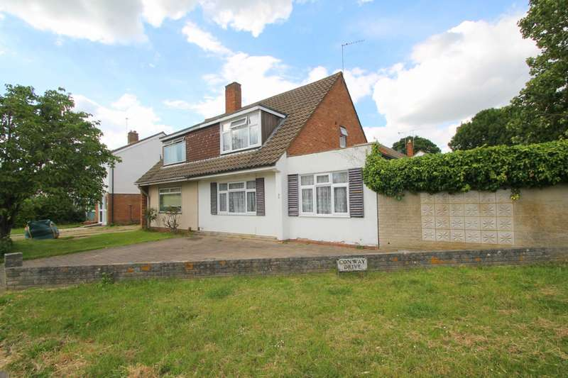 3 Bedrooms Semi Detached House for sale in Conway Drive, Ashford, TW15