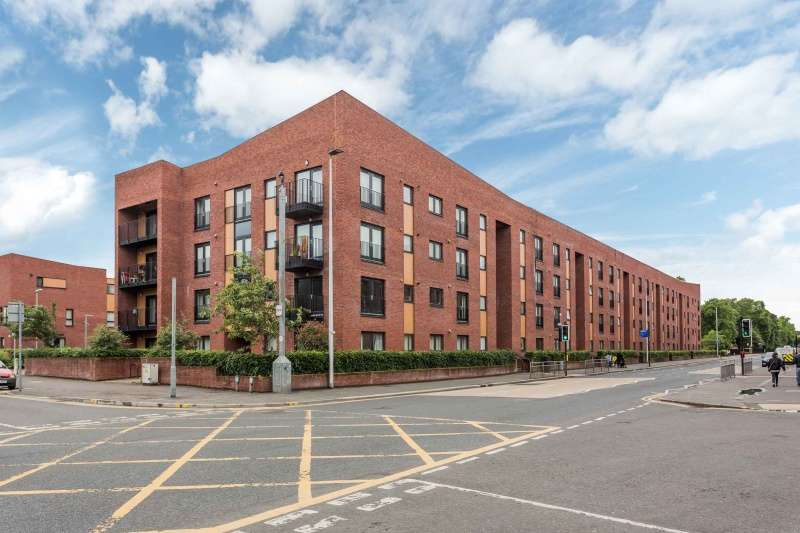 1 Bedroom Flat for sale in Govan Road, Govan, Glasgow, G51 4QP