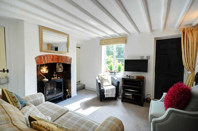 2 Bedrooms Terraced House for sale in Kingston Blount
