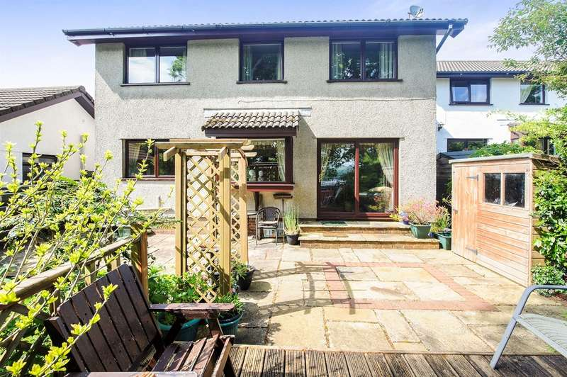 4 Bedrooms Detached House for sale in Daphne Road, Bryncoch, Neath
