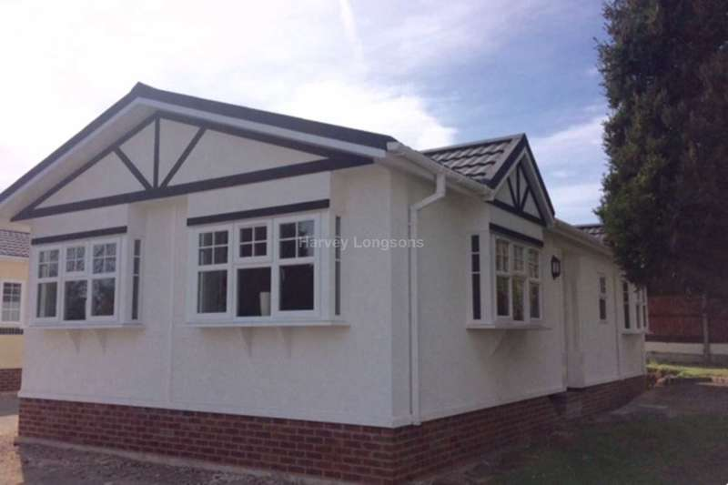 2 Bedrooms Park Home Mobile Home for sale in Orchard Park Lane, Elton