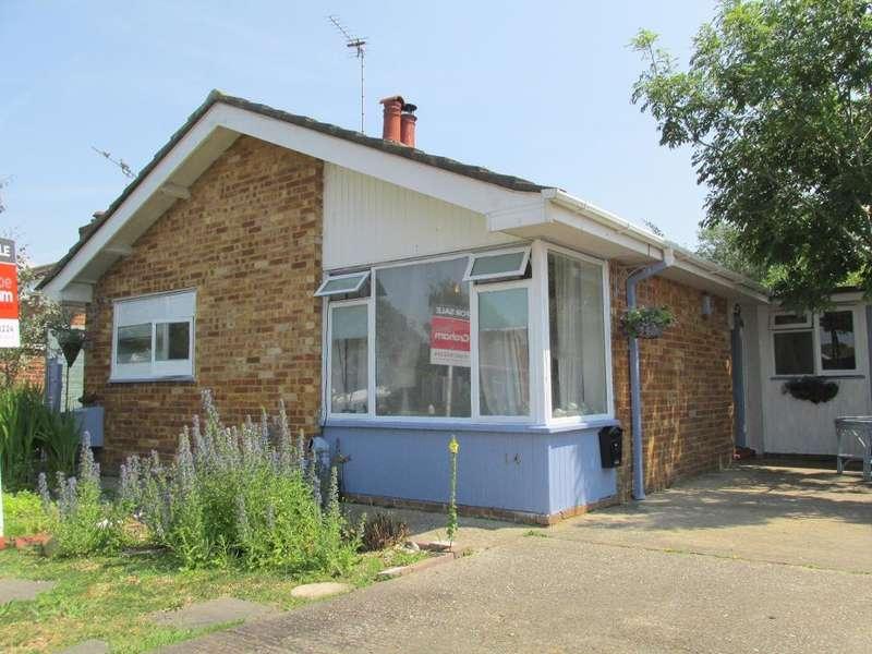 2 Bedrooms Bungalow for sale in Brooksmead, Glenwood, Bognor Regis, West Sussex, PO22 8AS