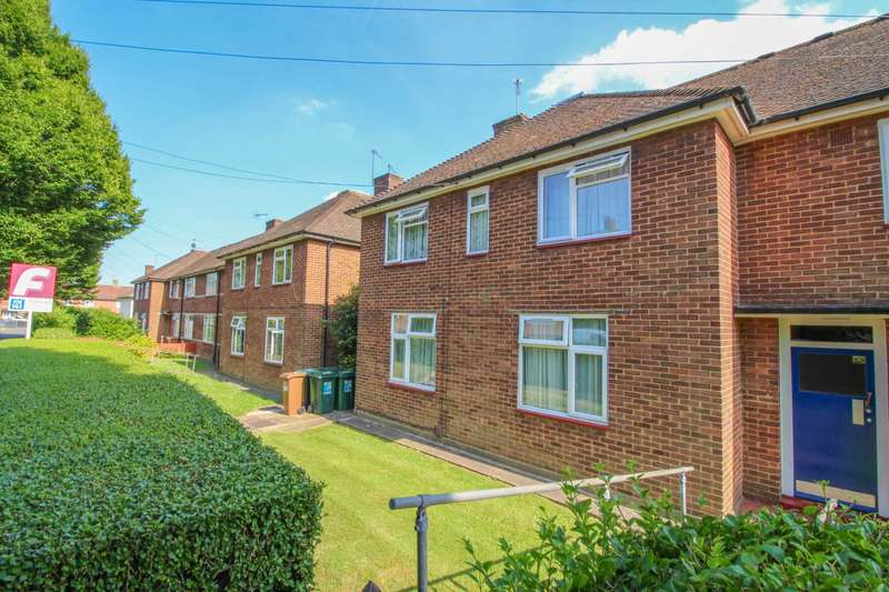 1 Bedroom Flat for sale in Oxhey Drive, South Oxhey