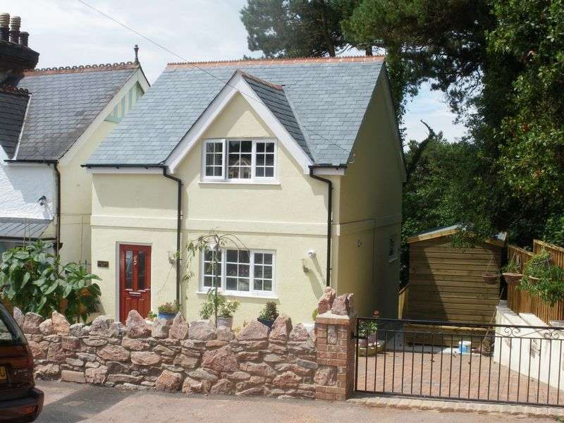 2 Bedrooms Detached House for sale in Cedars Road,