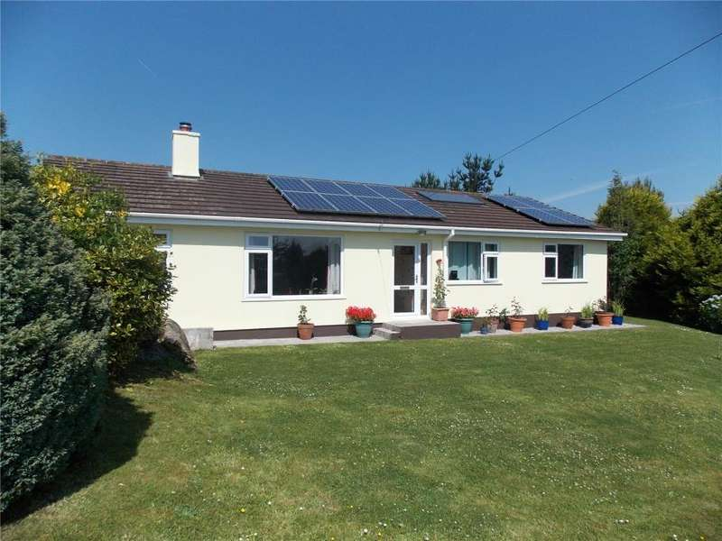 3 Bedrooms Detached Bungalow for sale in North Penhalurick, Redruth