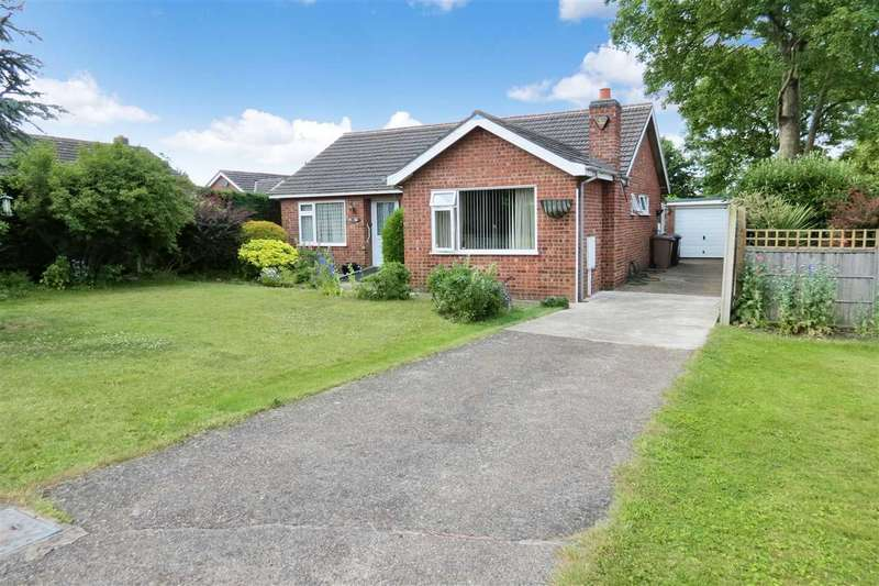 3 Bedrooms Detached Bungalow for sale in Manor Street, Ruskington