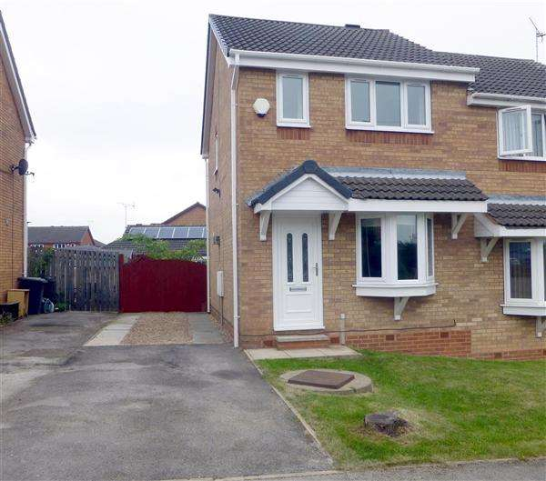 2 Bedrooms Semi Detached House for sale in Stone Close, Kiveton Park, Sheffield
