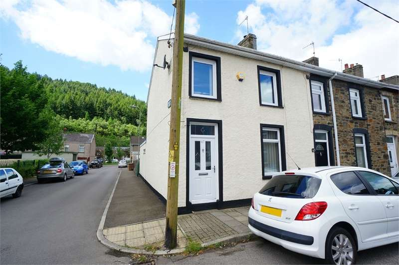 3 Bedrooms End Of Terrace House for sale in Tredegar Street, Cross Keys, Newport, NP11