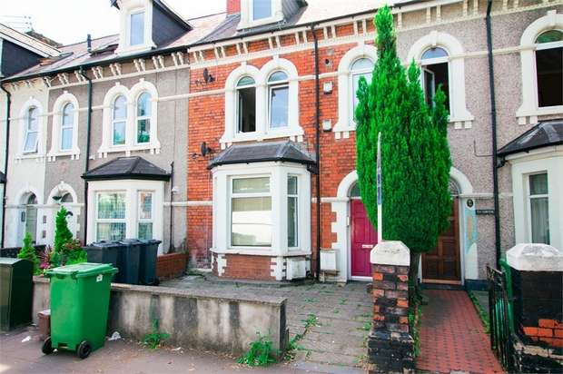 2 Bedrooms Flat for sale in Clive Street, Grangetown, Cardiff