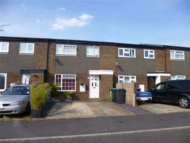 3 Bedrooms Terraced House for sale in Lomond Road, Grovehill, HEMEL HEMPSTEAD, Hertfordshire