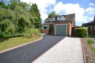 4 Bedrooms Bungalow for sale in Gimble Way, Pembury, Tunbridge Wells, Kent