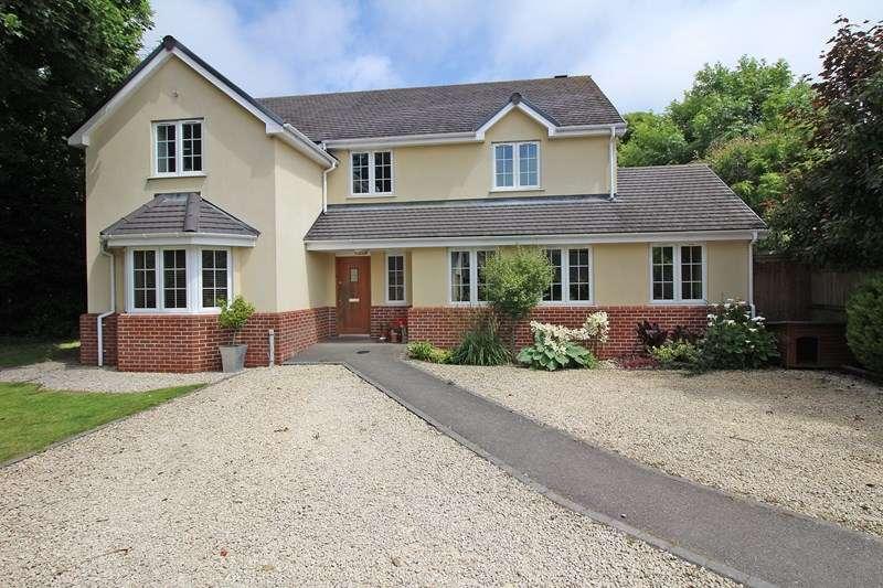 5 Bedrooms Detached House for sale in Grange Close, Everton, Lymington