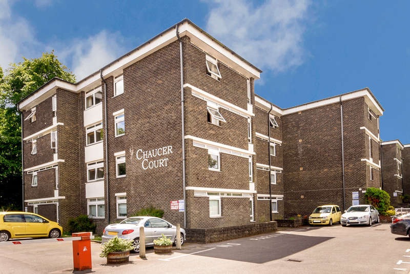 2 Bedrooms Apartment Flat for sale in Chaucer Court, New Dover Road