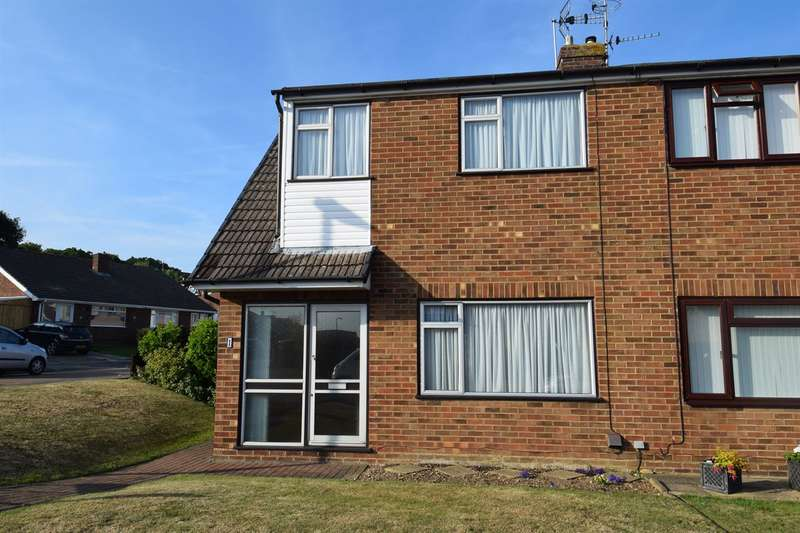 3 Bedrooms Semi Detached House for sale in Well Close, Sturry, Canterbury